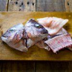 魚のアラでだし汁をとろう!生臭くない簡単絶品だしの取り方教えます!
